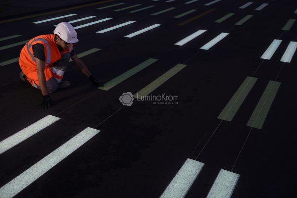 LuminoKrom Luminescent Road Paint - OliKrom©
