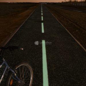 Piste cyclable sur Plateau de Saclay (91, FR)