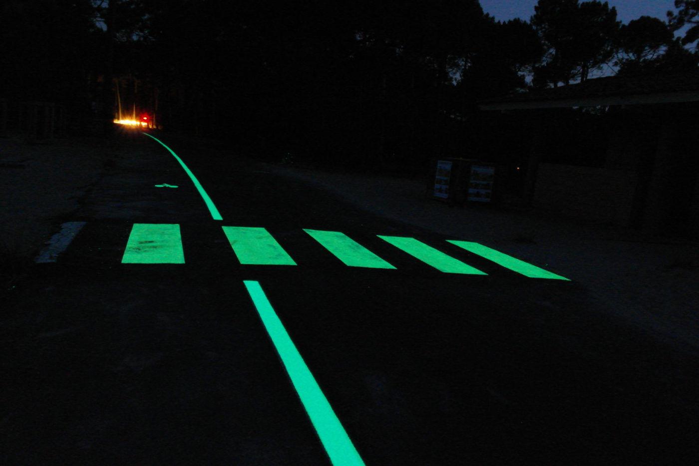 Passage piéton photoluminescent LuminoKrom – OliKrom©