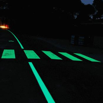Cheminement piéton lumineux LuminoKrom – OliKrom©